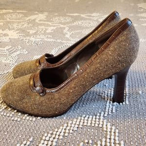 Worthington EUC brown tweed heels 9
